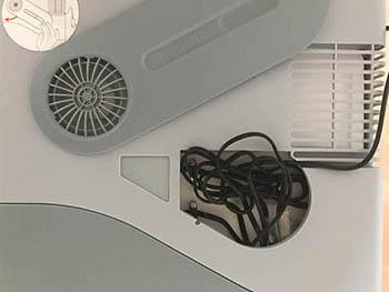 Kabelfach der Mobicool W40